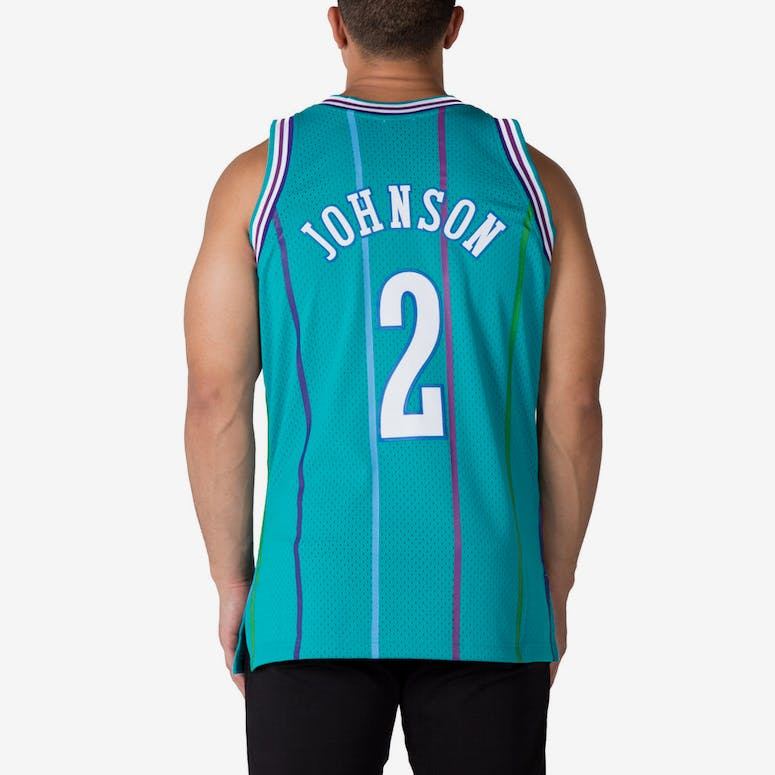 Mitchell   Ness Charlotte Hornets Larry Johnson  2 Swingman Jersey Teal  White 9023cc38f