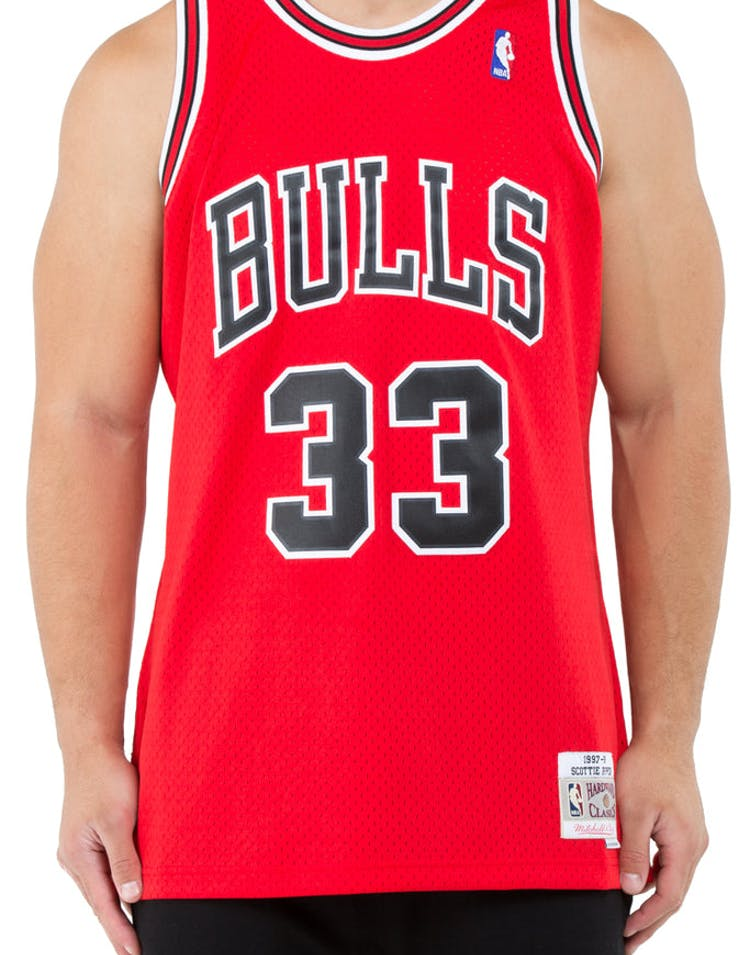 info for dd63b 5ca72 Mitchell & Ness Chicago Bulls Scottie Pippen #33 Swingman Jersey Red/Black