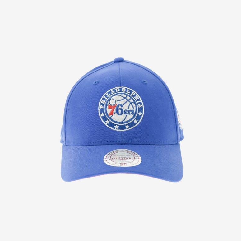 8236cc6c5bf Mitchell   Ness Philadelphia 76ers 110 Snapback Royal – Culture Kings