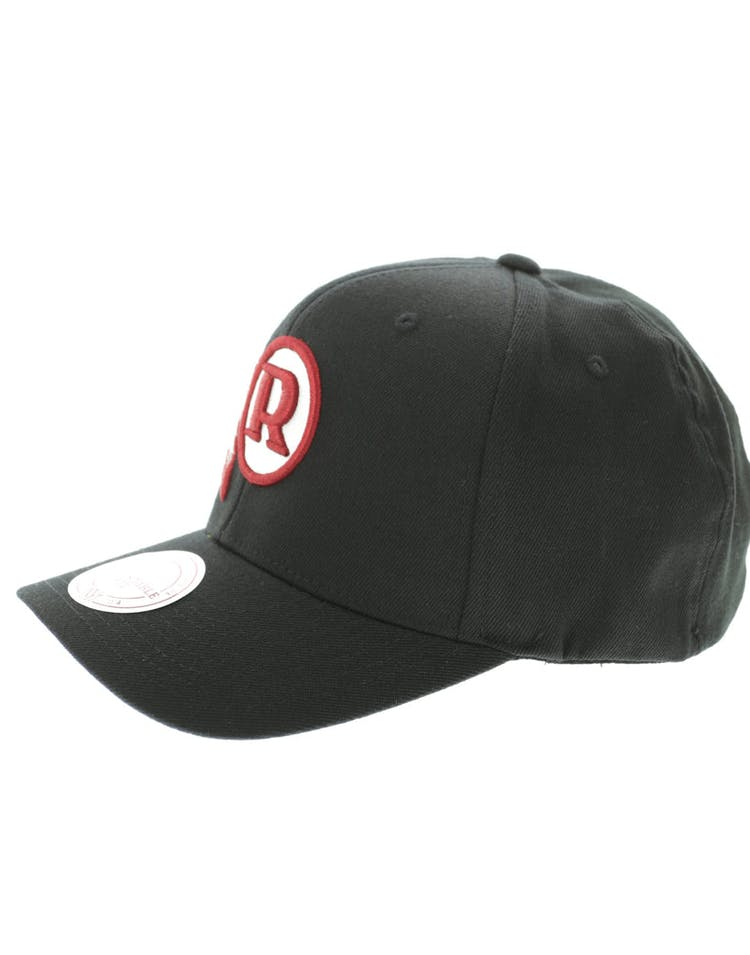 cheap for discount 3105b 38a8d Mitchell & Ness Washington Redskins Flex 110 Embroidered Logo Snapback  Black/Red/Green