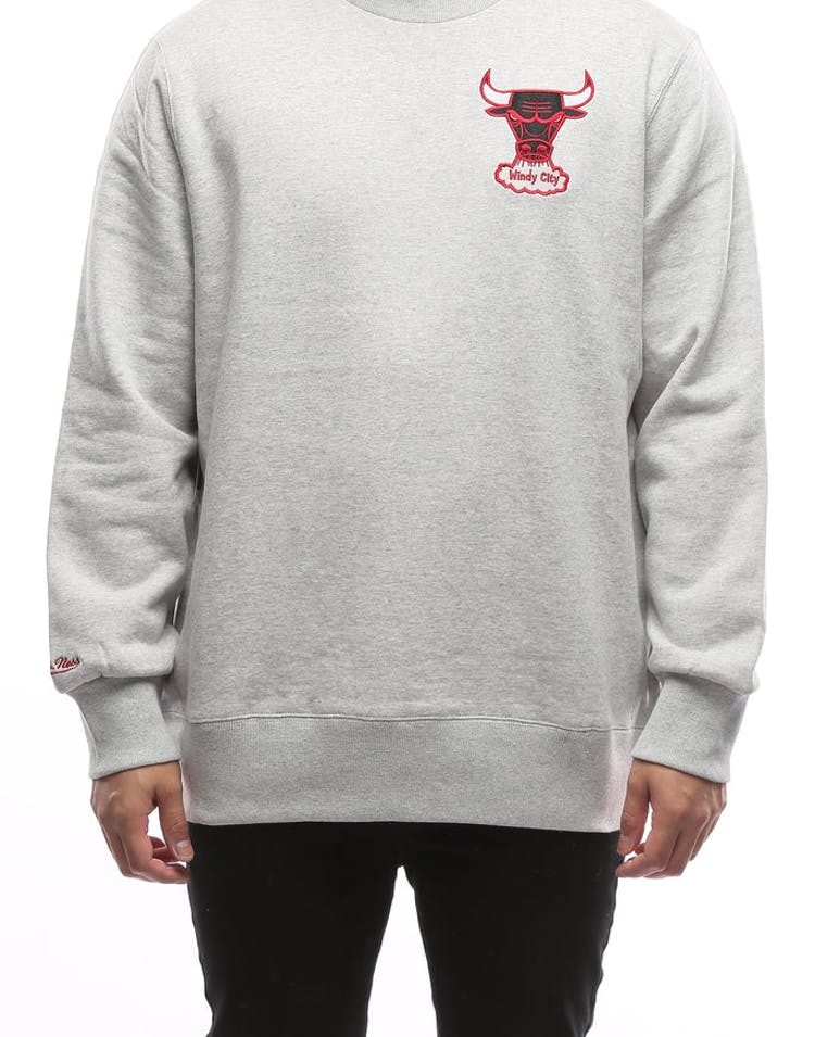 17a9176ae03 Mitchell   Ness Chicago Bulls Playoff Win Crew Grey – Culture Kings