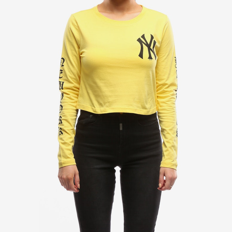 Majestic Athletic Women s Yankees Gothic Long Sleeve Crop Tee Yellow –  Culture Kings d0678c0dc06