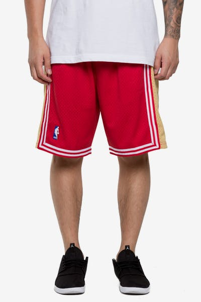 Mitchell   Ness Cleveland Cavaliers 03 04 Swingman Shorts Red Gold e376497266
