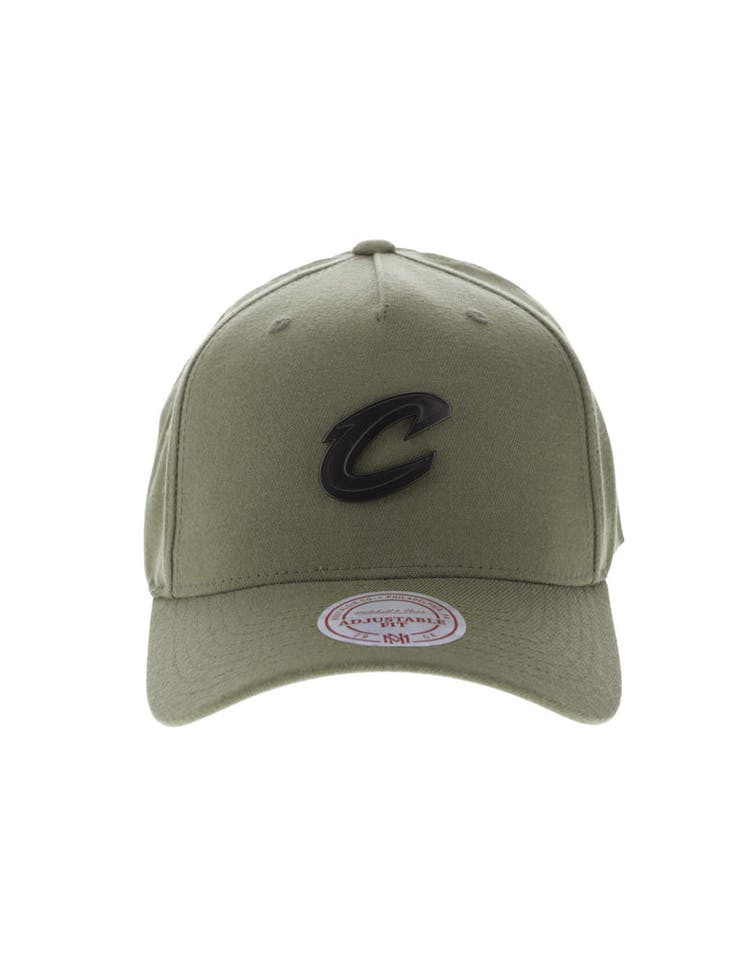 new products 92d0d f1a6b Mitchell   Ness Metal Badge Cleveland Cavaliers 110 Snapback Army Gree – Culture  Kings