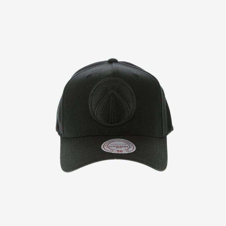 Mitchell   Ness Washington Wizards 110 Pinch Snapback Black – Culture Kings 3fc45ac5edd