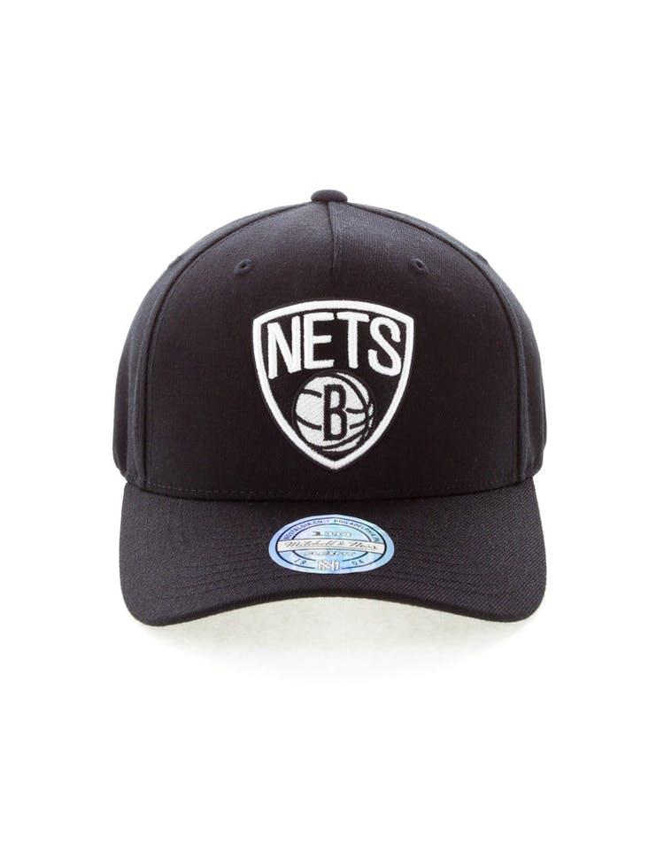 uk availability 96aaa 1ef45 Mitchell   Ness Brooklyn Nets 110 Pinch Snapback Black – Culture Kings