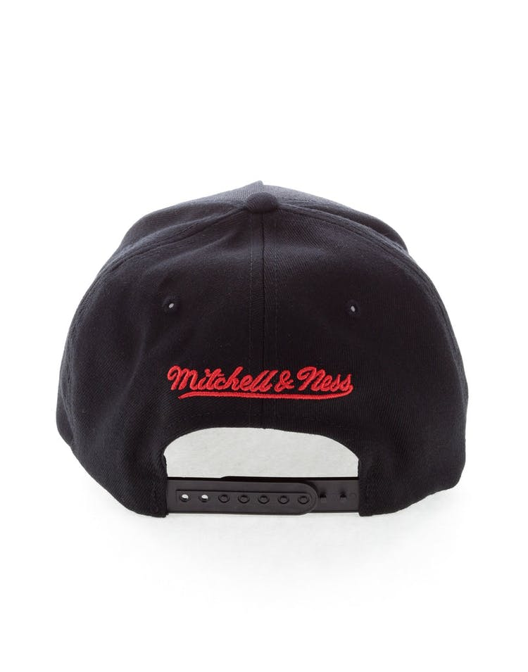 new style 40a8a 71d1a Mitchell   Ness Washington Wizards 110 Pinch Snapback Black
