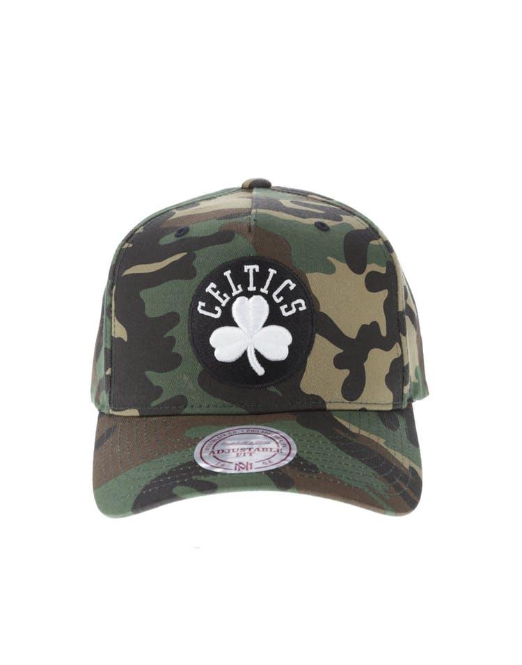 best sneakers e79a9 e352e Mitchell   Ness Boston Celtics 110 Pinch Snapback Camo – Culture Kings