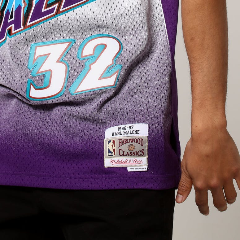 d883cdc01bc Mitchell   Ness Utah Jazz Karl Malone  32 NBA Jersey Purple ...