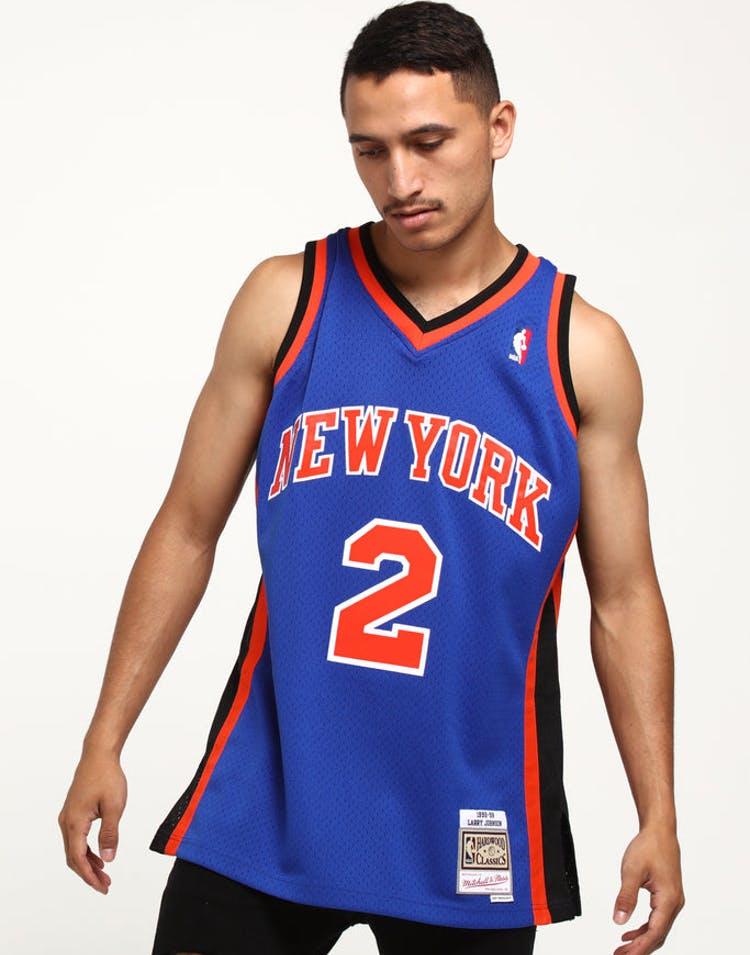 buy online 0d902 4ee7e Mitchell & Ness New York Knicks Larry Johnson #2 Swingman NBA Jersey Royal