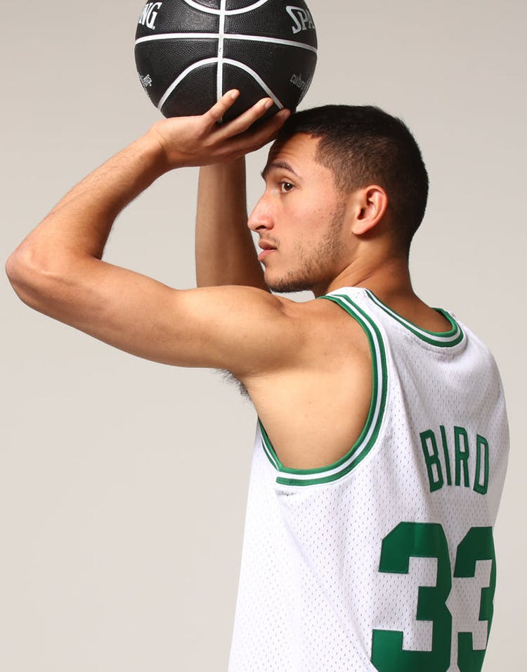 9faaea429 Mitchell   Ness Boston Celtics Larry Bird  33 NBA Jersey White – Culture  Kings