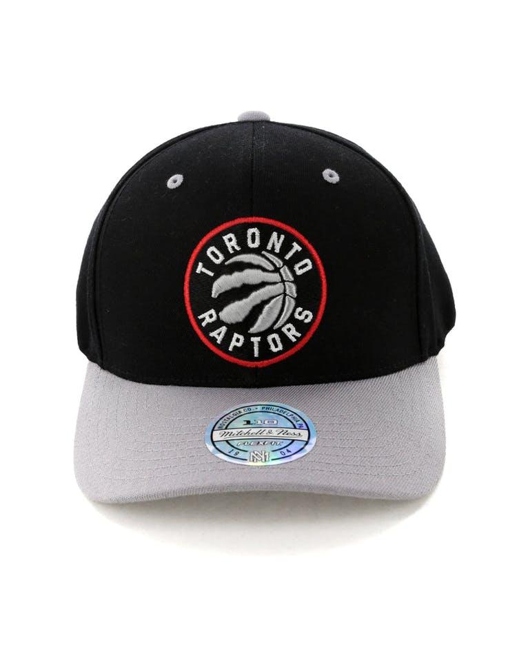 fe2469b79c7 Mitchell & Ness Toronto Raptors Team Logo 2 Tone 110 Snapback Black/Gr –  Culture Kings