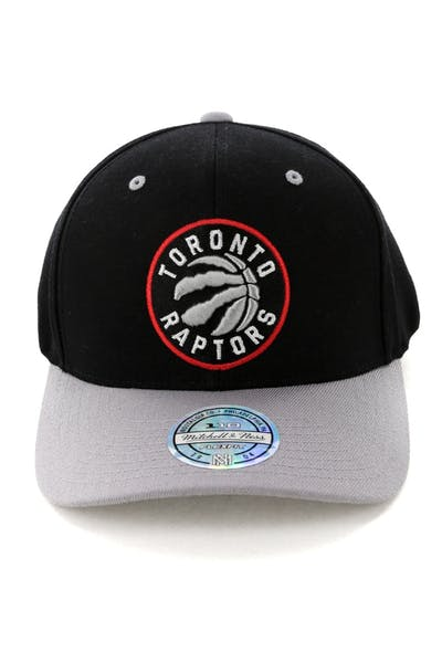1fb71a88e59 Mitchell   Ness Toronto Raptors Team Logo 2 Tone 110 Snapback Black Grey