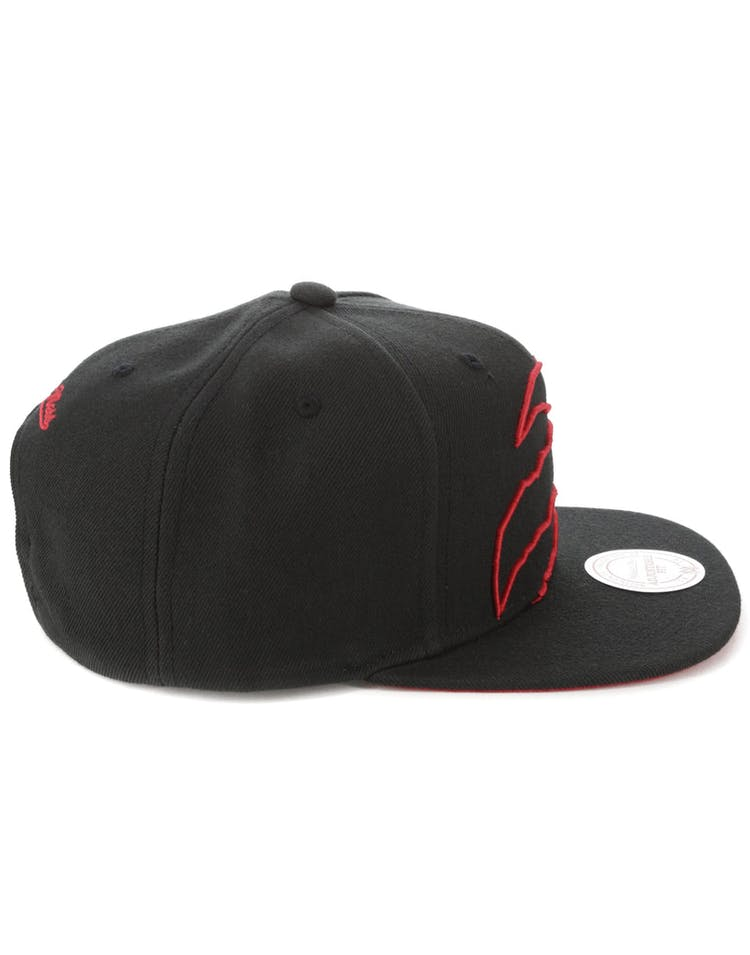 finest selection 17d4b afeba Mitchell   Ness Toronto Raptors Cropped Team Colour Pop Snapback Black Red