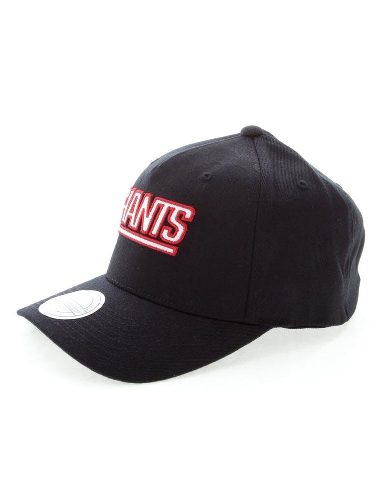 6e16721c3 Mitchell & Ness New York Giants Team 110 Pinch Snapback Black ...
