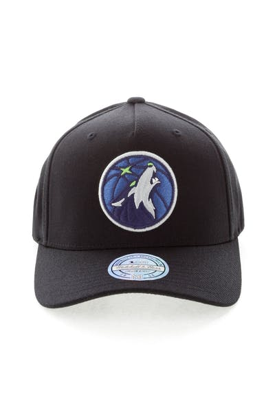 Mitchell & Ness Minnesota Timberwolves Team 110 Pinch Snapback Black