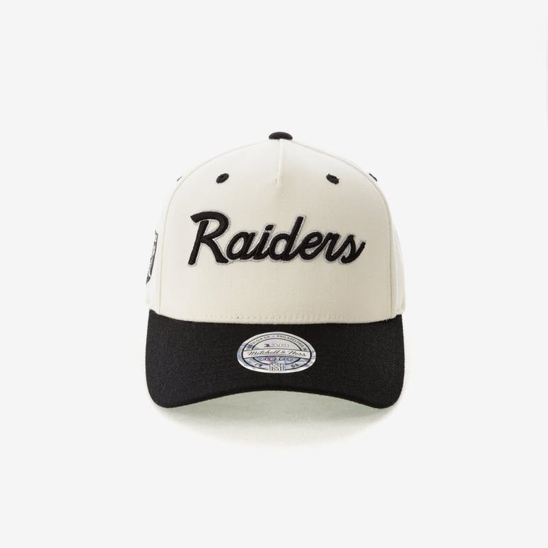 fe44a838f1f Mitchell   Ness Raiders Script 110 Snapback White Black – Culture Kings