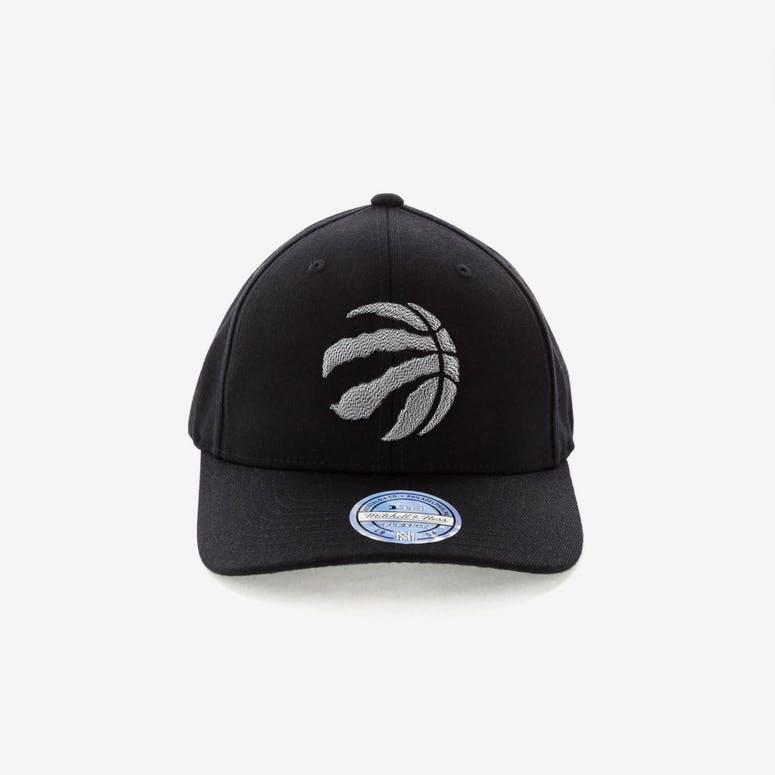 a52bc9f07d3 Mitchell   Ness Toronto Raptors Mono Melange Logo Snapback Black – Culture  Kings