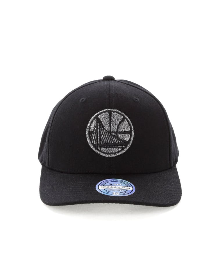 83c732f21217a Mitchell   Ness Golden State Warriors Mono Melange Logo Snapback Black –  Culture Kings