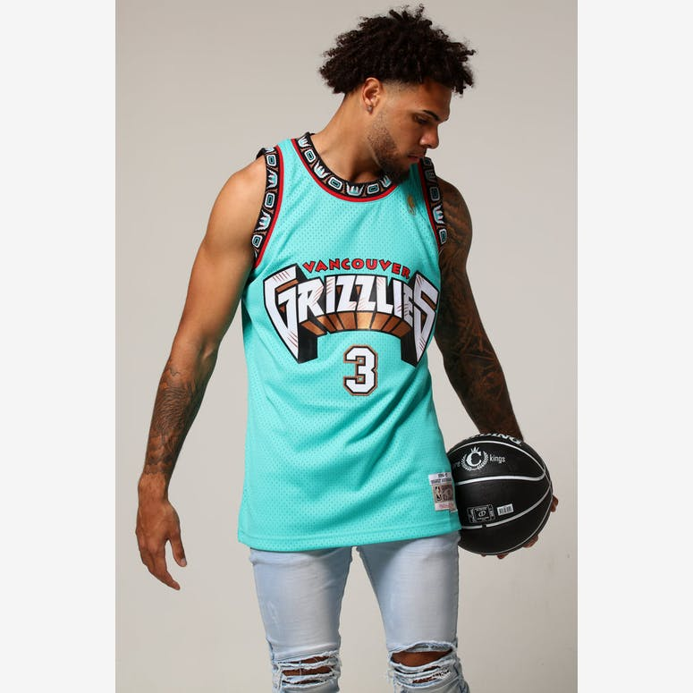 Mitchell   Ness Vancouver Grizzlies Shareef Abdur-Rahim  3 NBA Jersey –  Culture Kings 6d4166b7a