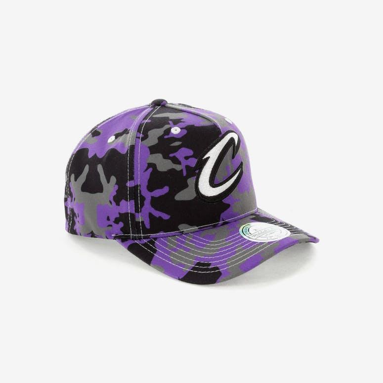 4761546dfea Mitchell   Ness Cleveland Cavaliers 110 Pinch Panel Snapback Camo Purple