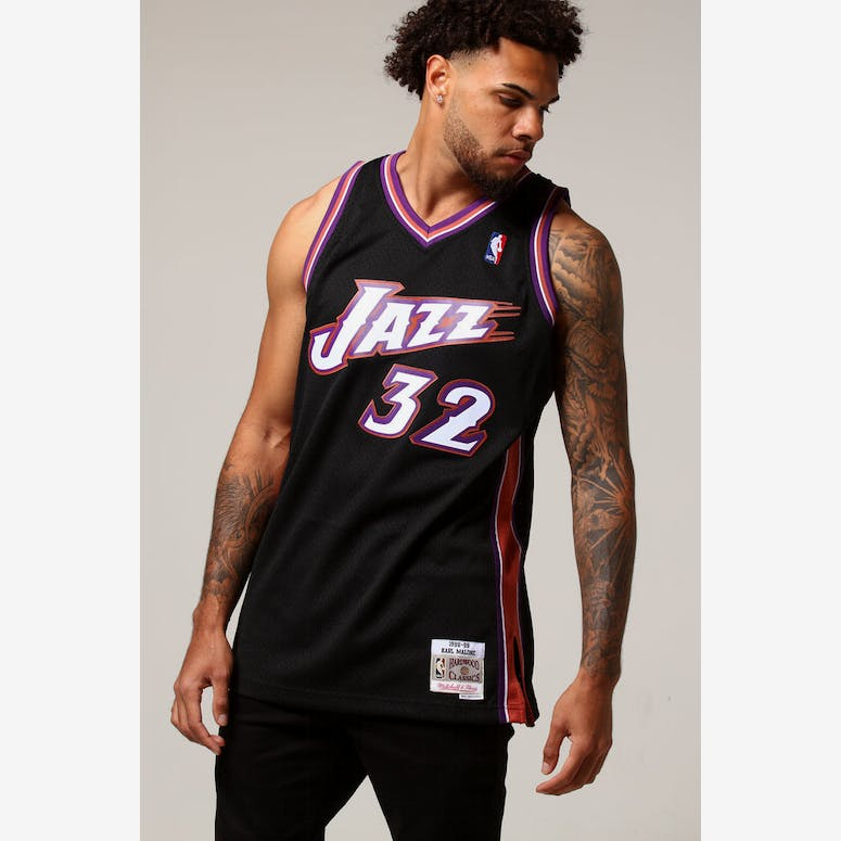 Mitchell   Ness Utah Jazz Karl Malone  32 NBA Jersey Black – Culture Kings 48d3a0ade
