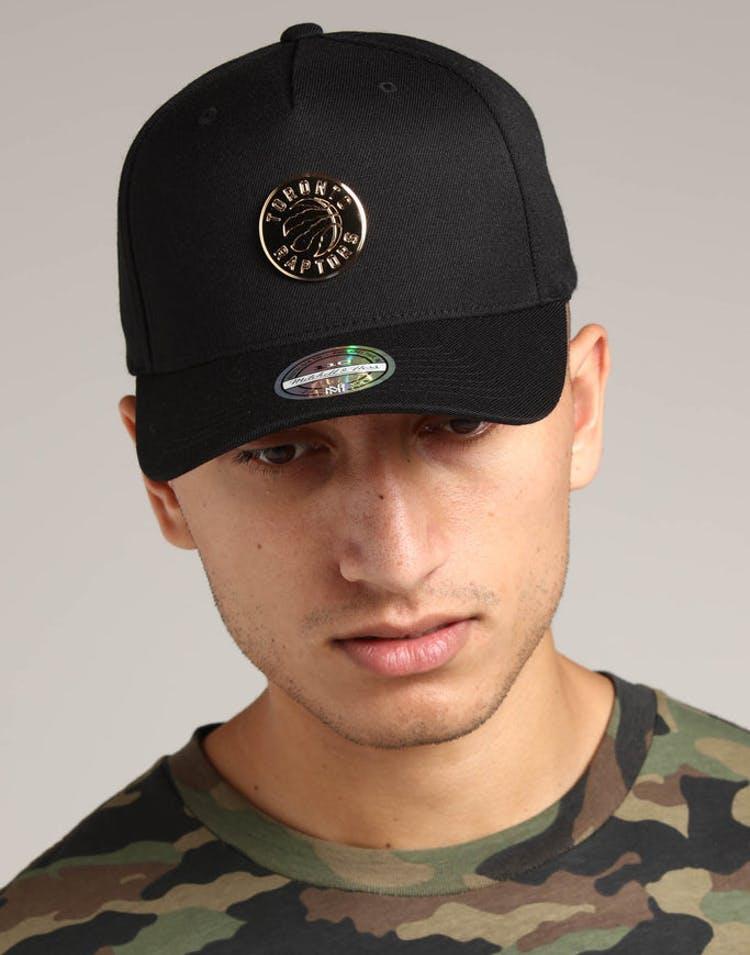 on sale 4a971 273b9 Mitchell   Ness Toronto Raptors Metal 110 Pinch Snapback Black – Culture  Kings
