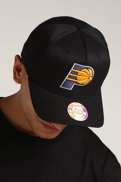 Mitchell & Ness Indiana Pacers 110 Pinch Snapback Black/Yellow