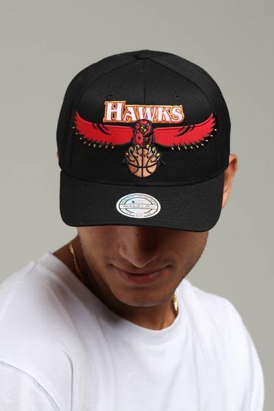 d36b3b86257a Mitchell   Ness Atlanta Hawks Jersey Logo 110 Snapback Black Red