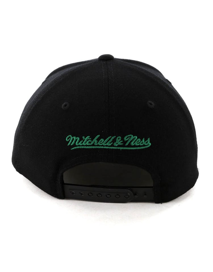 size 40 2a05d a22d5 Mitchell   Ness Boston Celtics Jersey Logo 110 Snapback Black Green