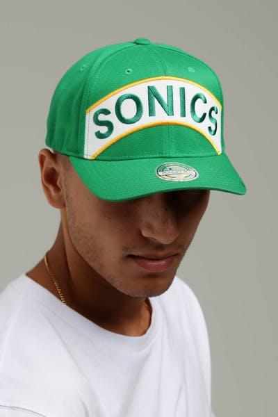 b15c548962a Mitchell   Ness Seattle Supersonics Jersey Logo 110 Snapback Green White