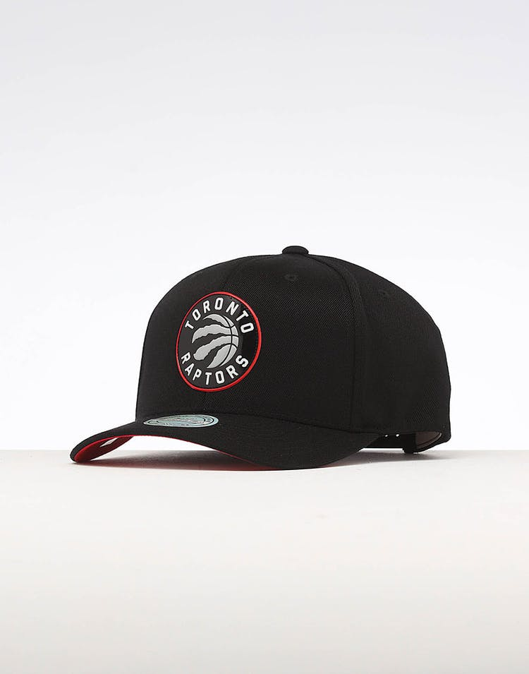 cheap for discount 591bf 1715c Mitchell   Ness Toronto Raptors Chrome Logo Snapback Black – Culture Kings