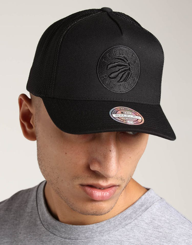 327379daef5 Mitchell & Ness Toronto Raptors 110 Snapback Trucker Black/Black – Culture  Kings