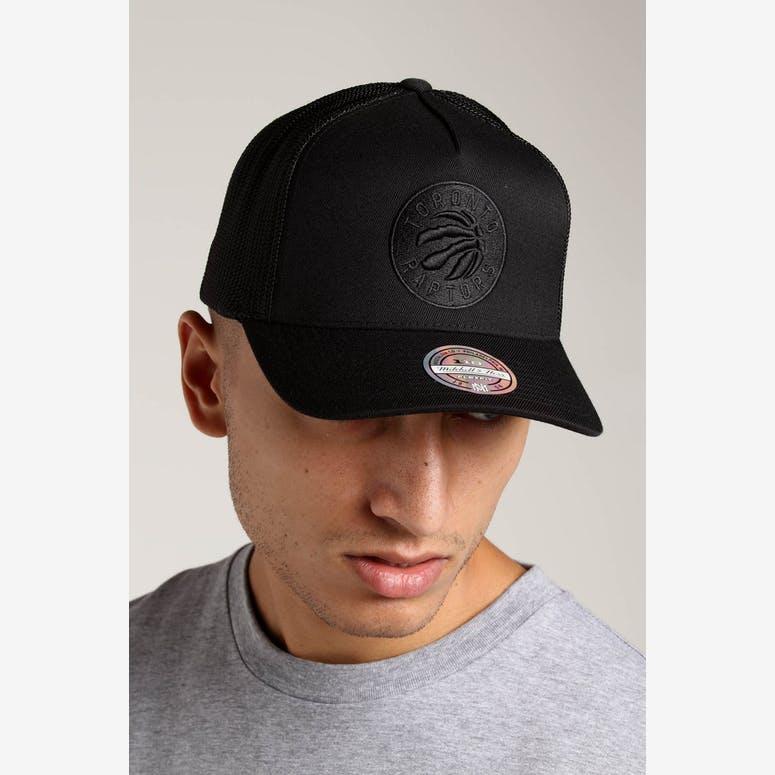 Mitchell   Ness Toronto Raptors 110 Snapback Trucker Black Black – Culture  Kings d75ba385757