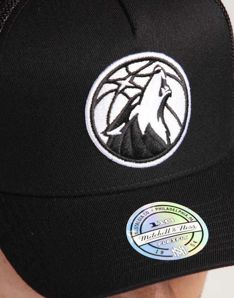 7baf220cda9c6d Mitchell & Ness Minnesota Timberwolves 110 Snapback Trucker Black/White