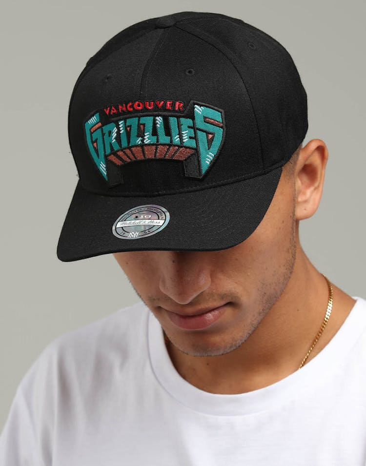 purchase cheap b72f9 5b248 Mitchell   Ness Vancouver Grizzlies Jersey Logo 110 Snapback Black –  Culture Kings