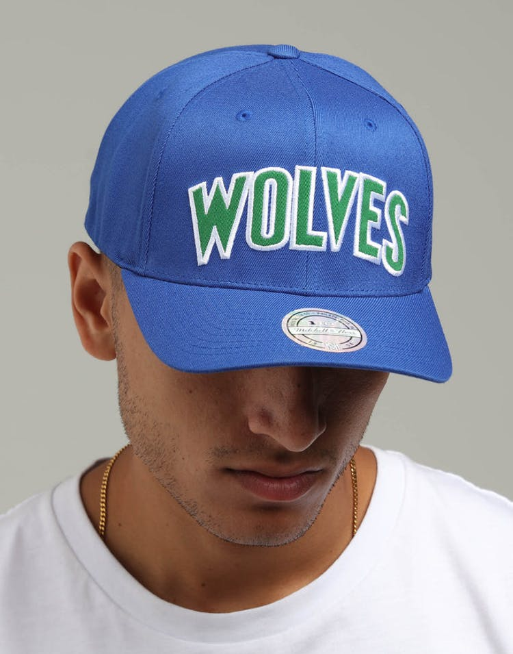 newest 33f6e be745 Mitchell   Ness Minnesota Timberwolves Jersey Logo 110 Snapback Royal –  Culture Kings