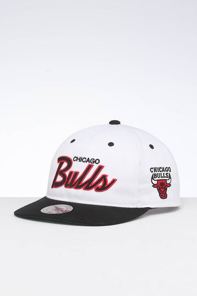 Mitchell & Ness Chicago Bulls Deadstock Snapback White/Black