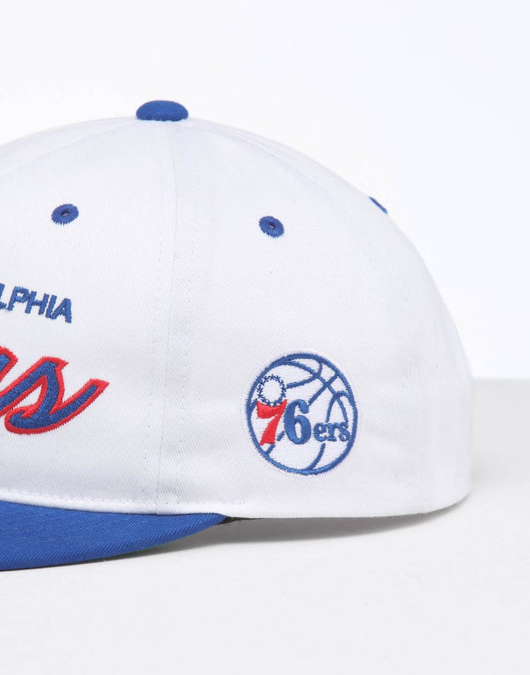 newest 742fb a006f Mitchell   Ness Philadelphia 76ers Deadstock Snapback White Blue