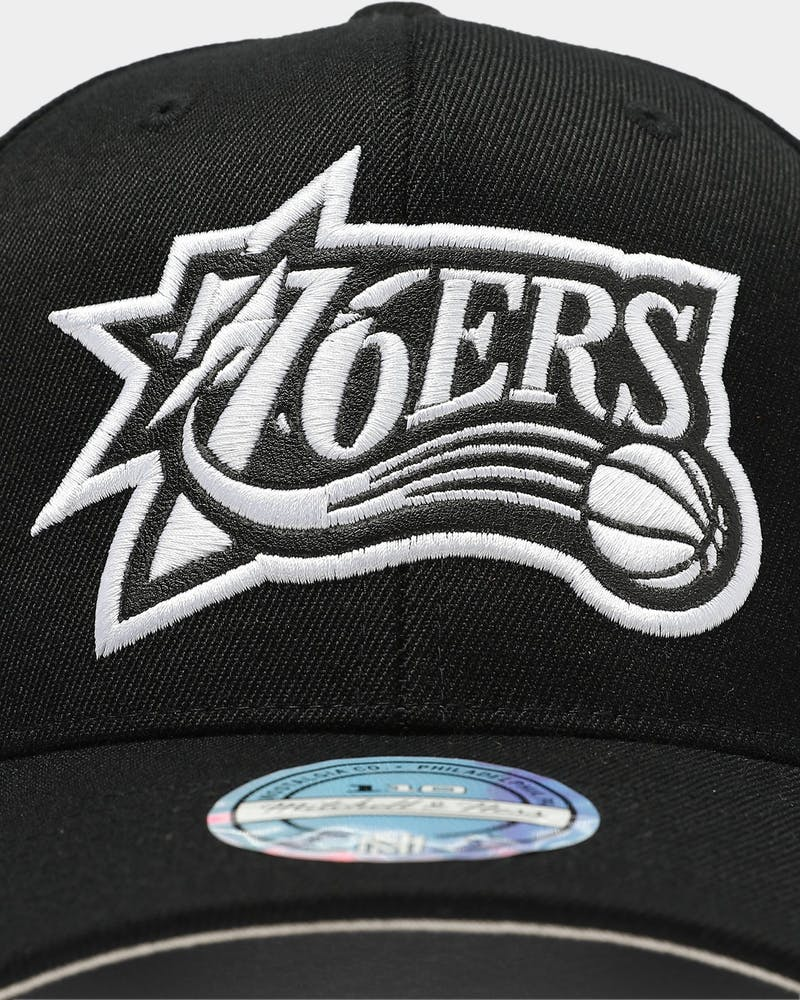 Mitchell & Ness Philadelphia 76ers Outline High Crown 110 Snapback Black