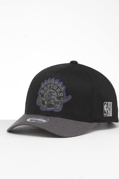 newest collection 3f78b d8cdb Mitchell   Ness Toronto Raptors Reflective Duo II Snapback ...