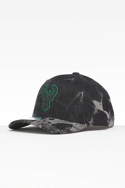 Mitchell & Ness Milwaukee Bucks Acid Wash Snapback Acidwash