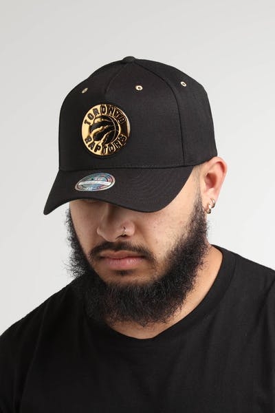 3adc1b05232 Mitchell   Ness Toronto Raptors Gold Weald 110 Snapback Black Gold