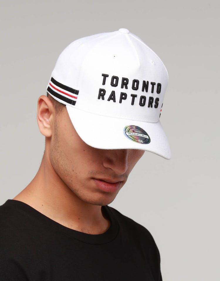 214e980219e Mitchell & Ness Toronto Raptors WRDMRK 110 Snapback White – Culture Kings