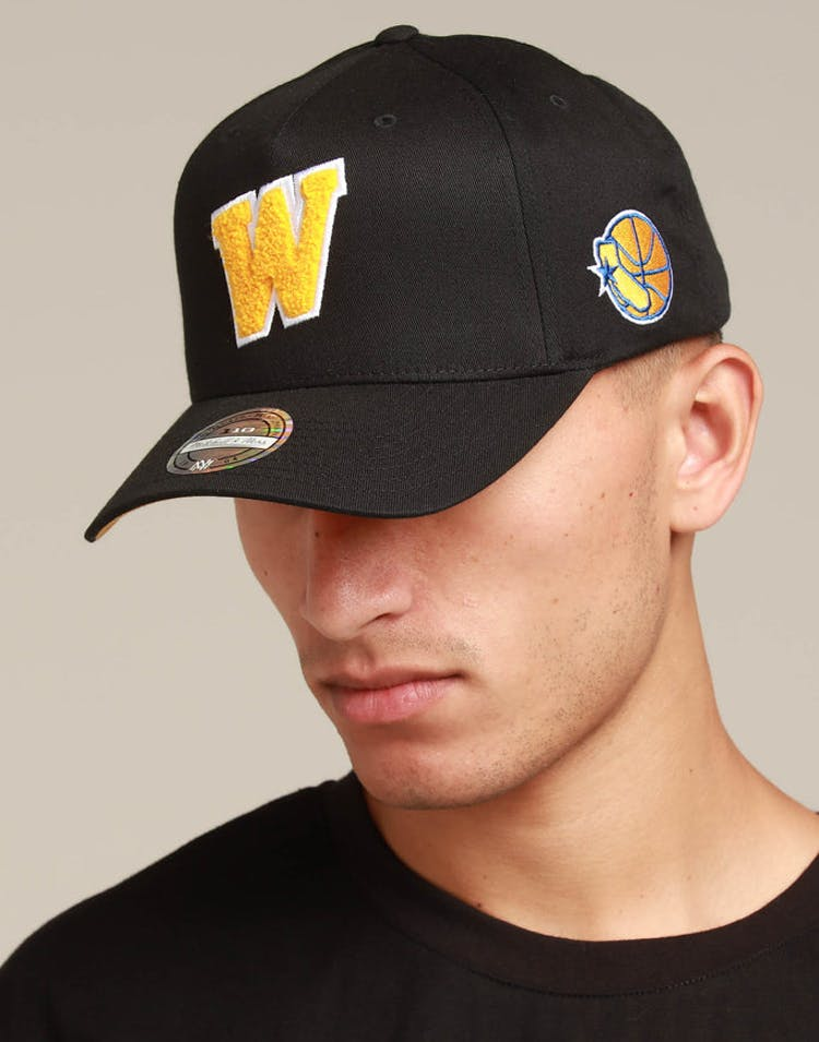 471825c8 Mitchell & Ness Golden State Warriors Initial 110 Snapback Black – Culture  Kings