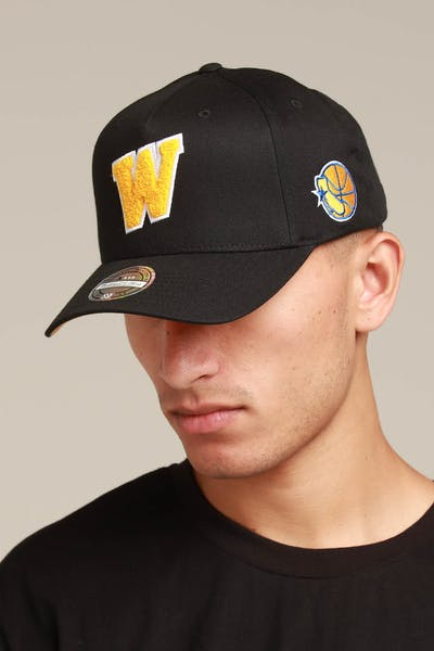 733ed8eeb89 Mitchell   Ness Golden State Warriors Initial 110 Snapback Black