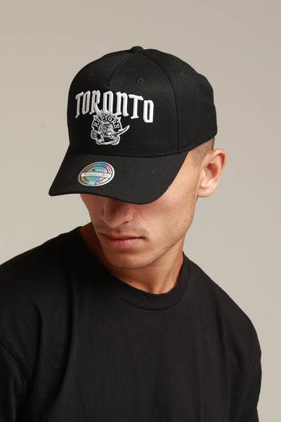 huge discount 93e55 9aadc Mitchell   Ness Toronto Raptors City Script 110 Snapback Black ...