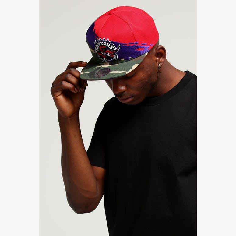 Mitchell   Ness Toronto Raptors Camo Paintbrush Snapback Purple Red –  Culture Kings eb89dc3bf0d