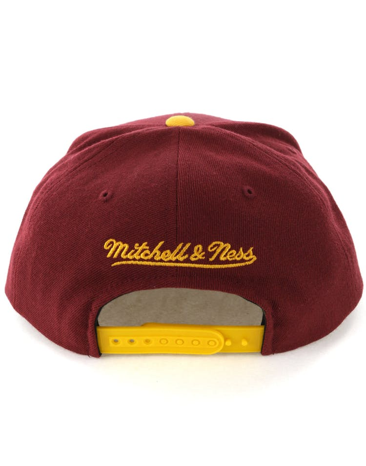 best cheap e8c61 736a4 Mitchell   Ness Cleveland Cavaliers Satin Fused Snapback Burgundy Yellow