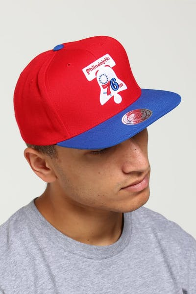 sale retailer 3b512 f34a7 Mitchell   Ness Philadelphia 76ers Satin Fused Snapback Red Royal